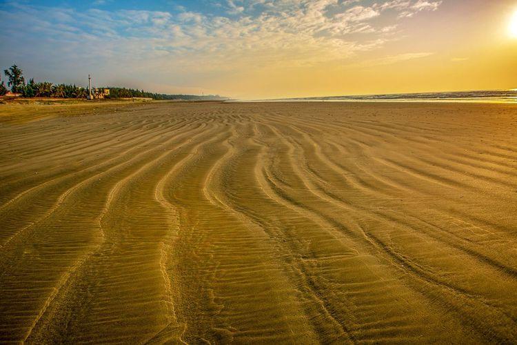 好心情(1) Nature Sky Scenics Sand Beauty In Nature Tranquility Sunset Water Day No People Tranquil Scene Sand Dune Outdoors Cloud - Sky Landscape Sea Beach