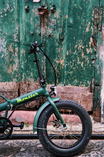 Colors Market Travel Travel Photography Architecture Bicycle Bike Bikes Building Exterior Built Structure Close-up Day Land Vehicle Mode Of Transport No People Old Outdoors Photo Photographer Photography Photooftheday Stationary Transportation Travel Destinations Wheel EyeEmNewHere