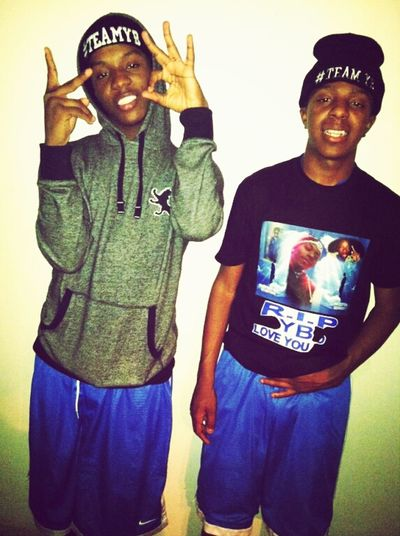 #TEAMYB , thsss sht a trend man ! Rest in Paradise YB Bro , See You Sooon ♡ , Me & Bro Leaky . . .