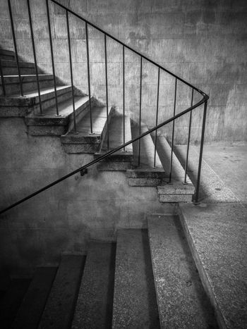 Staircase Steps Architecture Outdoors HuaweiP9 Www.tomaszkucharski.com.pl Blackandwhite Polishphotographer No People Old Buildings Berlin Siegessäule  Built Structure Tiergarten