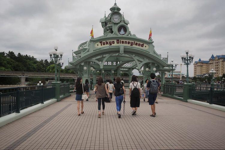 Tokyo Disneyland/東京ディズニー。いつも車なので、このゲートを見るのは久しぶり。といって、きのうはここまでいっただけ(^^;; Tokyo Disney Land Hanging Out Enjoying Life Relaxing Olympus Om-d E-m10