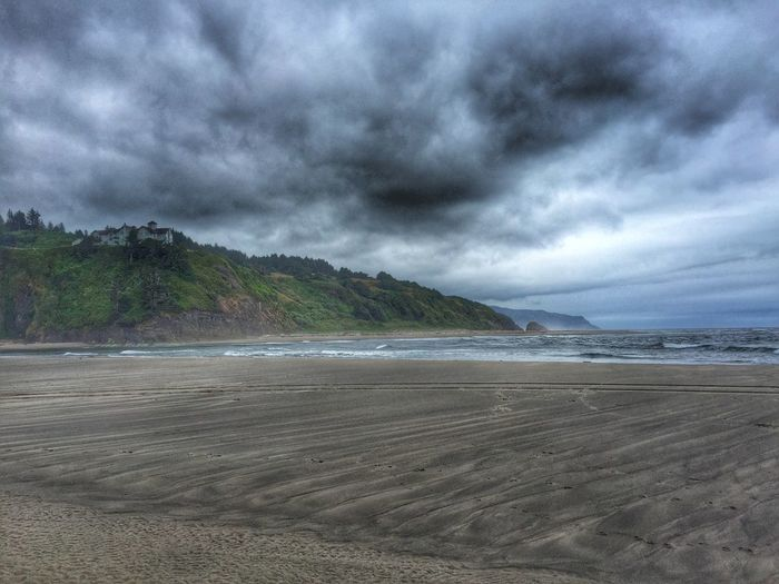 Beach Landscape Landscape_Collection Protecting Where We Play EyeEm Nature Lover Nature_collection Ladyphotographerofthemonth Ocean Clouds And Sky Streamzoofamily