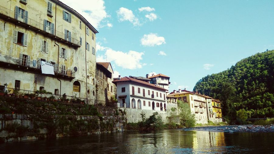 Fiume Sesia Italy Varallo River Landscape Traveling Flyfishing