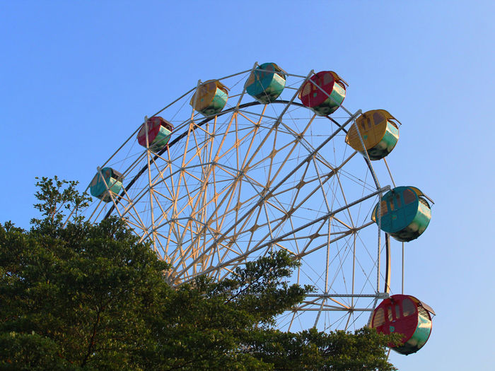 Big Wheel BIG Ferris Wheel Green Bianglala Blue Blue Sky Round Shape Sky Traveling Carnival Big Wheel Fairground Fairground Ride Ride Track Large