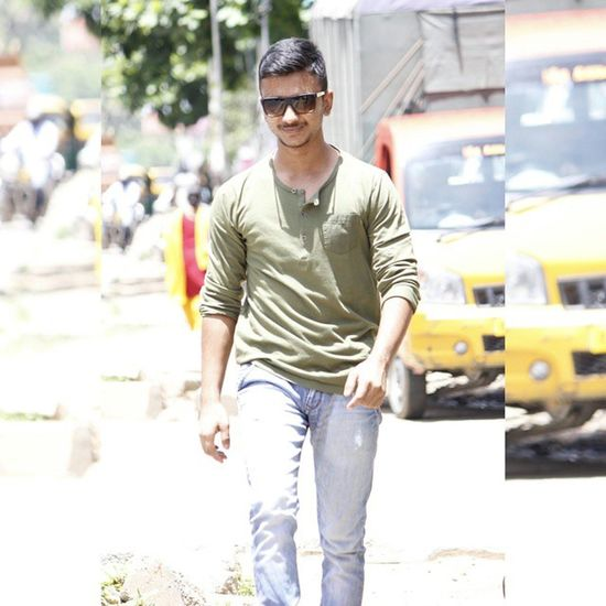 @Bagalore India MYSTER Myster_red Red _mysterred Mysterred Outside Outside Outfit Summers Indian India Hot Sexy Guy Man Boy Best  Pics Insta Top