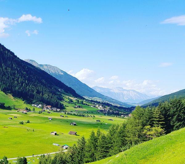 Das Tal, die