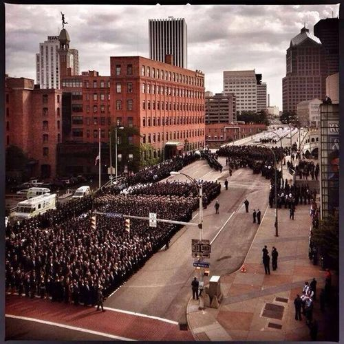 Slain officers funeral over 7000 police officers from across the county very moving tribute to a brave man