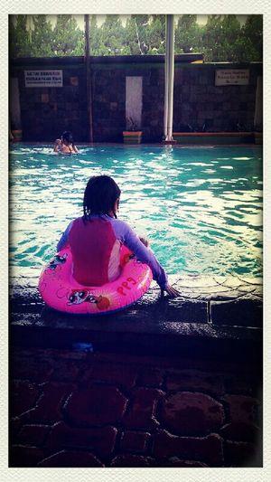 swim swim.... palijot swim...