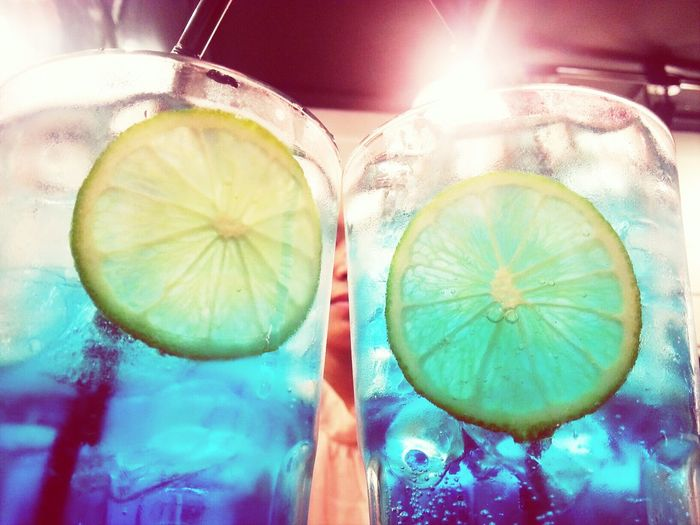 U r my blue Enjoying Life Cocktail Time Relaxing Freezing Cold Fresh Juice SweetTime Lemonsoda Blueberry Night Lights