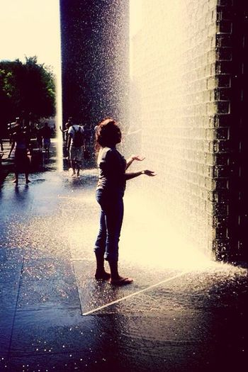Throwback Pic 2 Me In Chicago City Enjoying Life Vintage Filter I Love This Picture  Waterdrops