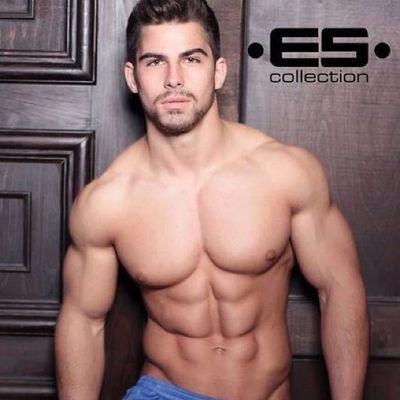 •ES• Collection nos trae los mejores cuerpos aparte de bañadores Sexy Musclegay Sexy Jovengay escollection unmillondeamigos gaybarcelona