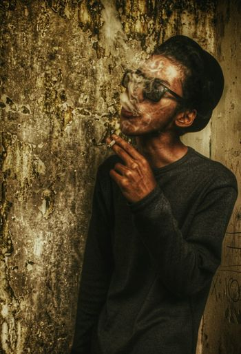 Oooww Hi! Check This Out That's Me Hello World INDONESIA Populer Photos Smoker Face Freakday Alone