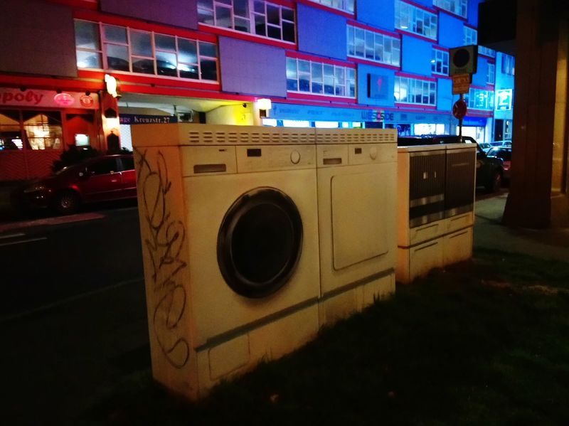 Düsseldorf Night No People Outdoors Connected By Travel Residential Building Architecture Urban Skyline Urbanphotography Miele Streetphotography Urban Nature Washing Machine The Street Photographer - 2018 EyeEm Awards HUAWEI Photo Award: After Dark