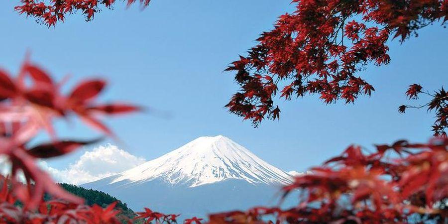 Taking Photos Mt Fuji Japan Mountains