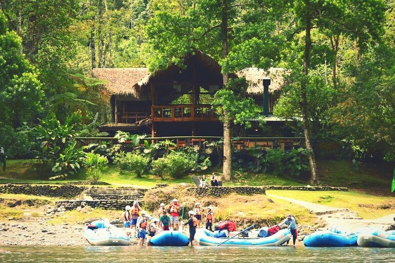 TBT  cant believe it's almost been a month since we white water rafted to pacuare!! 🐍 Costarica Pacuarelodge Riopacuare