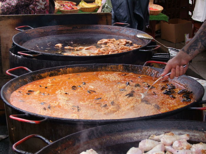 Preparing Seafood Paella Composition GB London Lunch Paella Portobello Road Rice Seafood Steam Tourist Attraction  Unusual Capital City Cooking Pan Cooking Vessel Food Freshness Full Frame Healthy Eating Human Hand No People Outdoor Photography Preparation  Ready-to-eat Travel Destination Uk