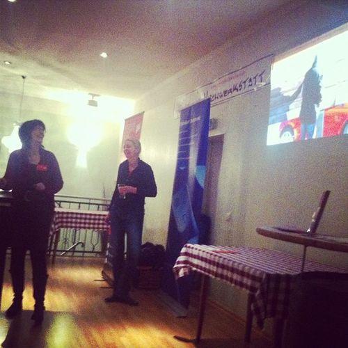Eva und Inga zeigen Obermutten auf der #barsession Barsession