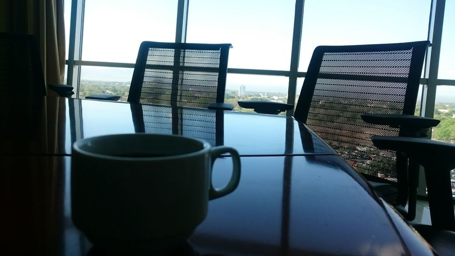 A Coffee before to a Metting ?