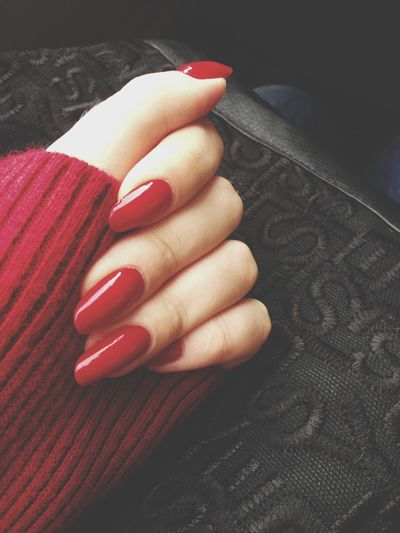 much more warmer with a red colour Love Nature Hands Nails