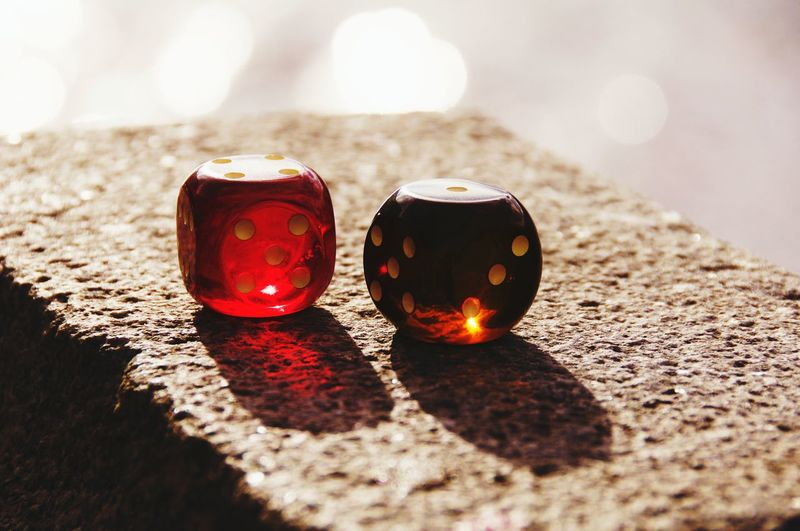 Sunlight Red No People Outdoors Shiny Close-up Nature Day Yellow Red Red Dice Dice Streetphotography Focus On Foreground