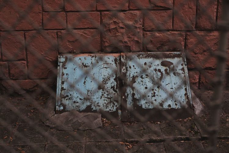 gutter Gutter Cellar Redwall Brick Bricks Brickstones Backgrounds Wallpaper Shabby Chic Shadow Textured  Pattern Close-up Peeling Off Crumpled Rusty Damaged Fabric Bad Condition Deterioration Obsolete Abandoned