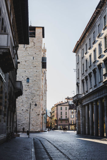 Milan Cathedral Building Exterior Architecture Built Structure Building City Sky Street Nature Residential District Clear Sky Day No People The Way Forward Outdoors Direction Transportation Town Old Road Travel Destinations Alley Holiday Travel Vacations Italy