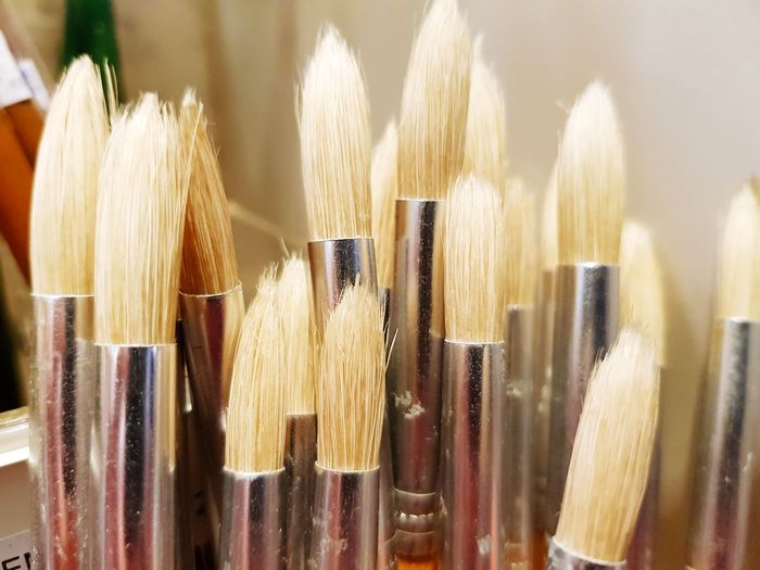 Artist tool Painting Tools Pattern Soft Paint Drawing Object Tool Artist Art Close-up White Broom Large Group Of Objects Choice Close-up Paintbrush Brush Art Studio Fine Art Painting Art And Craft Equipment