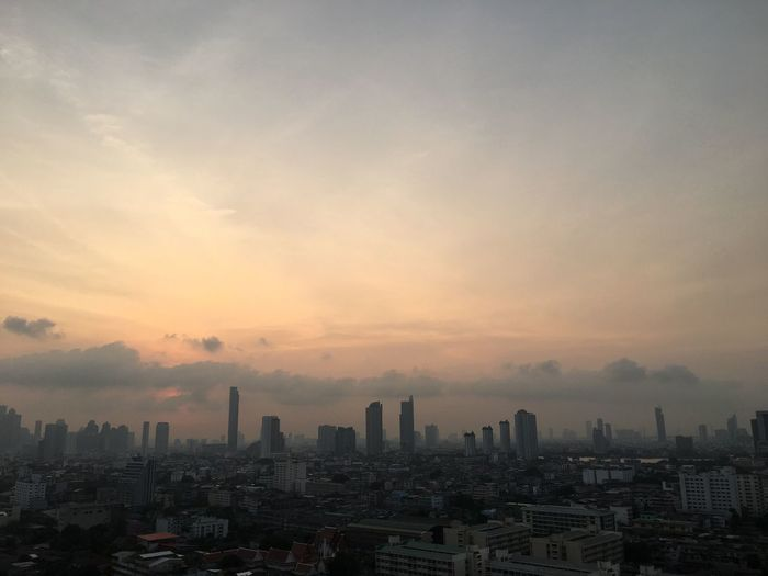 #EyeEmSelects Bangkok Bangkok Thailand Thailand Sunrise Morning Light Morning Sky Sunrise Building Exterior Architecture Built Structure Sky City Cityscape Building Cloud - Sky Urban Skyline Skyscraper Nature No People City Life Outdoors Landscape Office Building Exterior Residential District