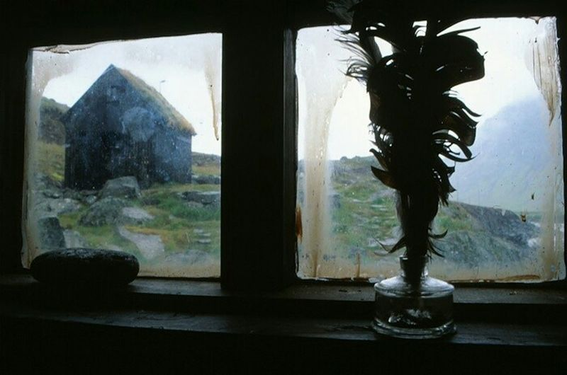 a letter from past Iceland Bolungarvik Frame It! Schattenspiel