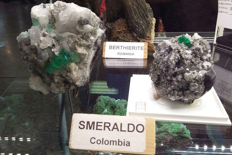 Mineralogy Mineral Collection Minerali Smeraldo Bellasorpresa ...grazie...