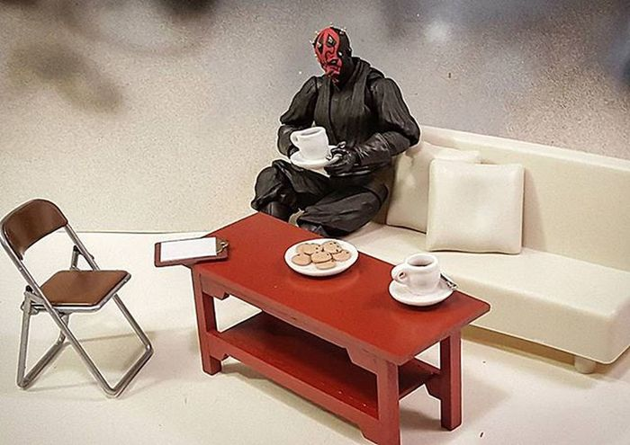 -Sith Roast... hmm... 😌 Test shots for things to come. Starwars Actionfigures SHfiguarts DarthMaul Onetwelfthscale Coffee Sofa Cookies Coffeetable Sith StarWars6inch Starwarsactionfigures Starwarstoys Actionfigurephotography Toys Toyphotography Toypics Toyart Toyartistry Toygroup_alliance