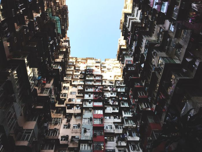 側魚俑海山樓 海山樓 香港 Photography Eyeemtaiwan EyeEm EyeEm Best Shots City Life HongKong Hk Clear Sky Sky Cityscape No People Low Angle View Community