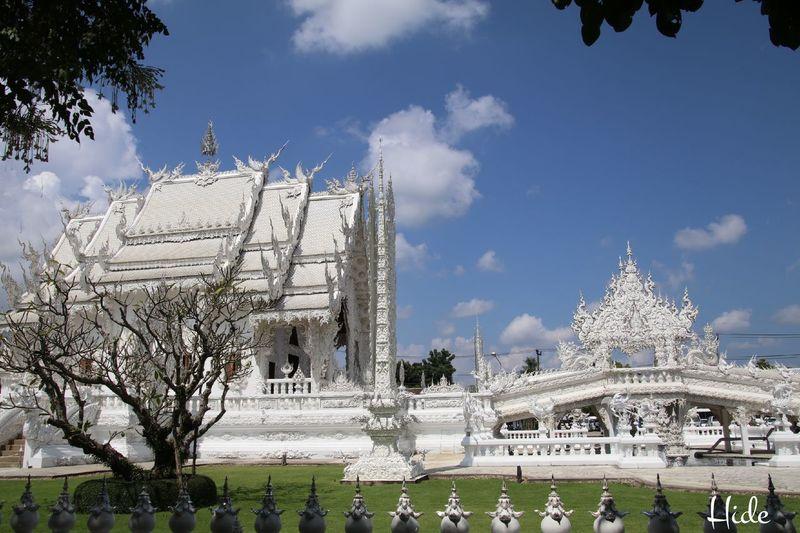 白い寺 地獄寺 Sky WatRongKhunWhiteTemple Chiang Rai, Thailand Cloud Sky And Clouds 空と雲