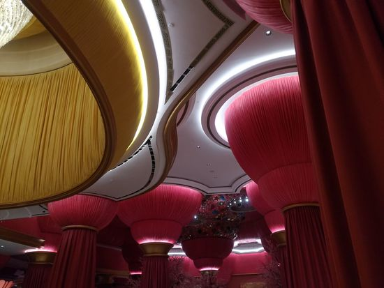 Nofilter Noedit Ceiling Design Ceiling Lights Ceilingporn Ceilingart Okada Asuszenfone3 Architecture