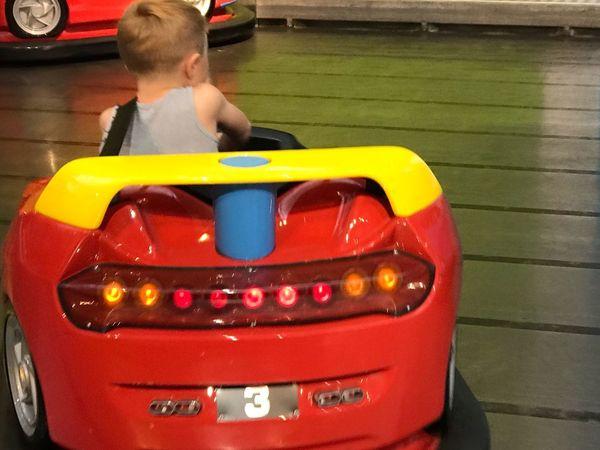 Kids Being Kids Kid Spielpark Playland Autoscooter