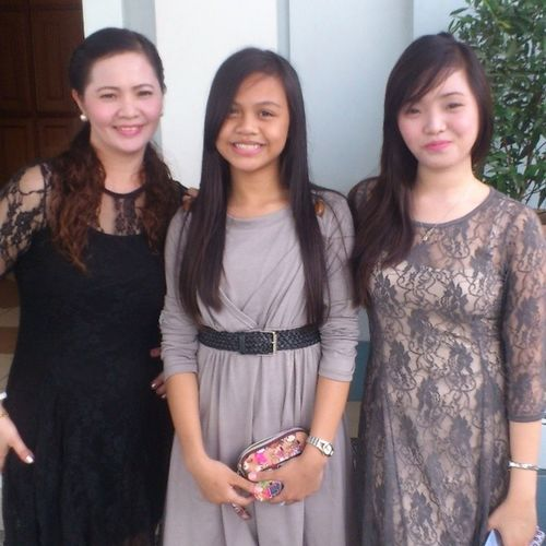With her mom ^_^ Yearend Thanksgiving '13 ThisIsSo Blessedday ^_^ Kailan naman kaya dad nya,brother nya,and jer baby sister