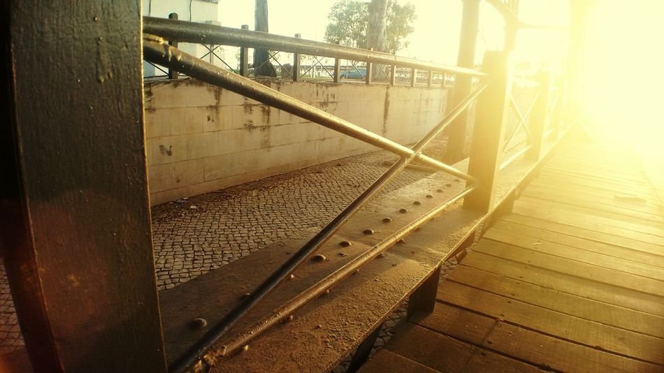 Sunlight Sunbeam Lens Flare Built Structure Sunny Surface Level City Life Playing With Sunlight The City Light