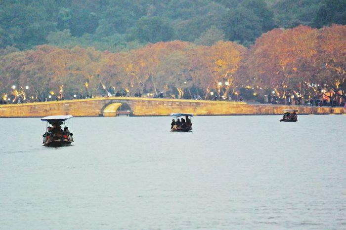 Three boats on the horizon Nature Transportation Outdoors Mountain Mode Of Transport Beauty In Nature Scenics Nautical Vessel Water Bridge Broken Bridge XiHu Lake Hangzhou China
