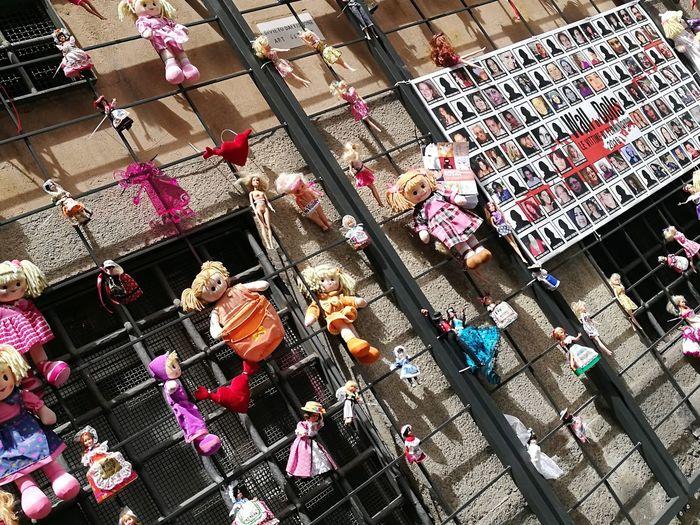 Wall of dolls. High Angle View EyeEm EyeEm Gallery Eyeemphotography The Street Photographer - 2017 EyeEm Awards The Journalist - 2016 Eyeem Awards Streetphotography Doll Street Art Street Photo First Eyeem Photo BYOPaper!