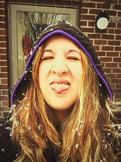 Catching snow flakes in my mouth BlondeHighlights Imweird That's Me Hoodie Brown Eyes Blackhoodie Taking Photos Nicole ❤ Nikki When Boredom Strikes. LongIslandNY Silly #funny #loveable #me Itssnowing Snow ❄ Snowing Squintyeyes Emotions Emotion In Life