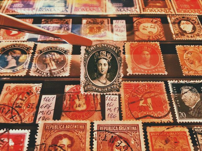 A valuable queen... Macro Macro_collection Taking Photos Eye4photography  Vscocam EyeEm Best Shots Enjoying Life Having Fun Hello World RePicture Growth Stamp Philately VSCO Details Of My Life My Favorite Photo Fresh On Eyeem  Found On The Roll Made In Romania Philatelist Stamps Lieblingsteil IPhone
