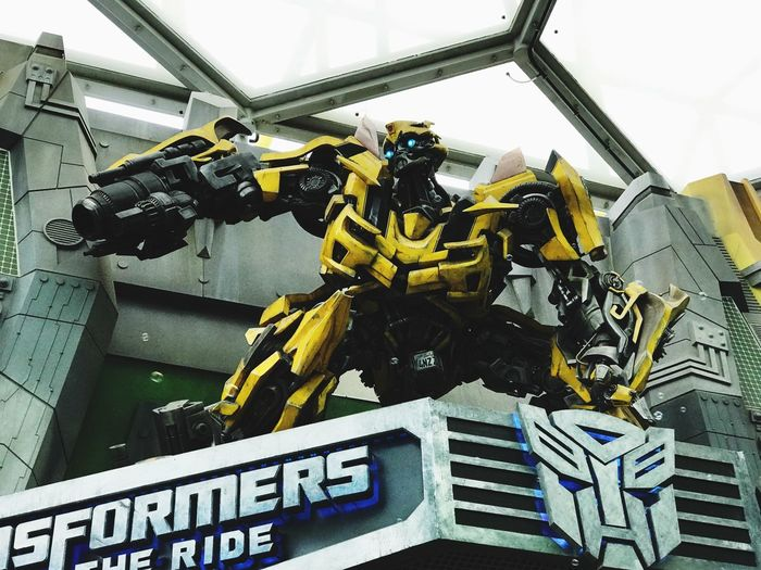 Bumble Bee 🧡 Fun Theme Park Themeparks Singapore Universal Studios  Transformers Movie Characters MOVIE Robot Day No People Industry Outdoors Close-up