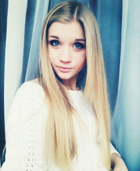 Hi! Taking Photos Vscocam Blue Eyes <3