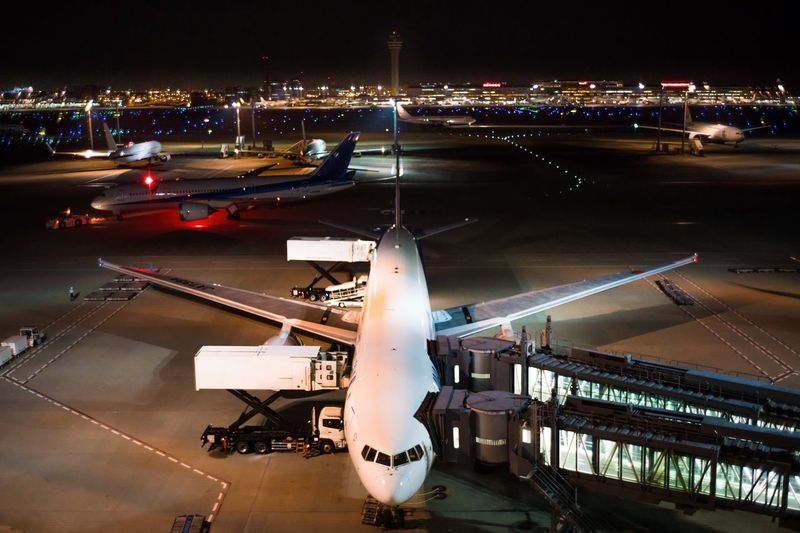 Airplane 整備 Maintenance Haneda Airport 羽田空港 旅客機 空港 飛行機 Illuminated Transportation Night City Built Structure Architecture Mode Of Transportation High Angle View Airport Land Vehicle No People Airport Runway Car Outdoors