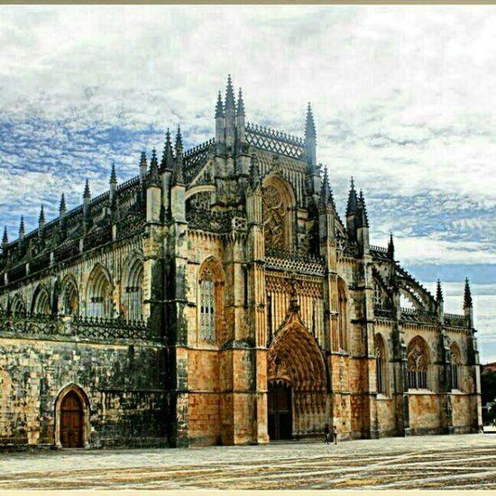 mosteiro da batalhaPortugal Batle Cristiano King batalhanuno_alvares_pereirahistorymemorycastleeuropelive