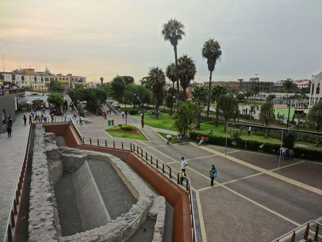 Hello World Lima-Perú