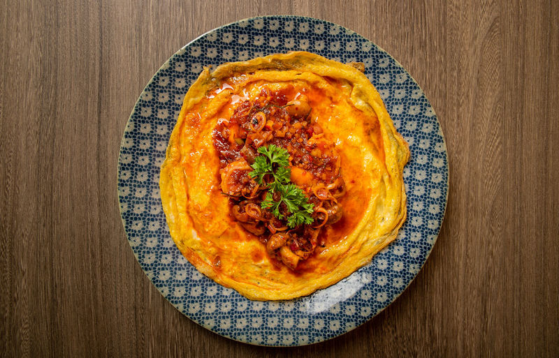 Omlet with red
