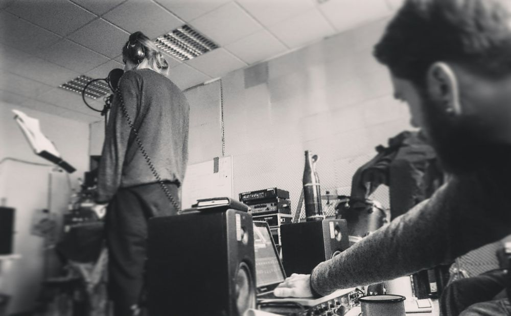 Recording Album Varan Singer  Blackandwhite Monochrome Check This Out Taking Pictures