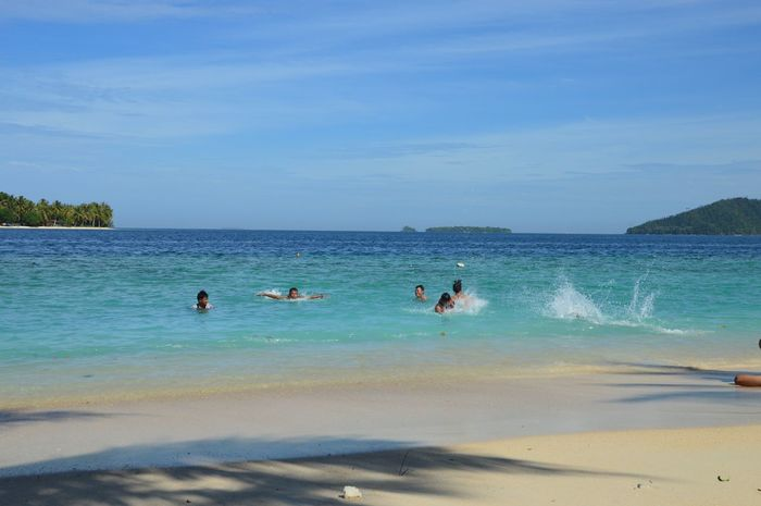 We be long to the sea Happy Holiday Holiday Beach Water Sea Sea And Sky Ocean White Sand Sunny Bluesky Bluesea Deepbluesea Vitaminsea Swimming Pamutusanisland Westsumatera