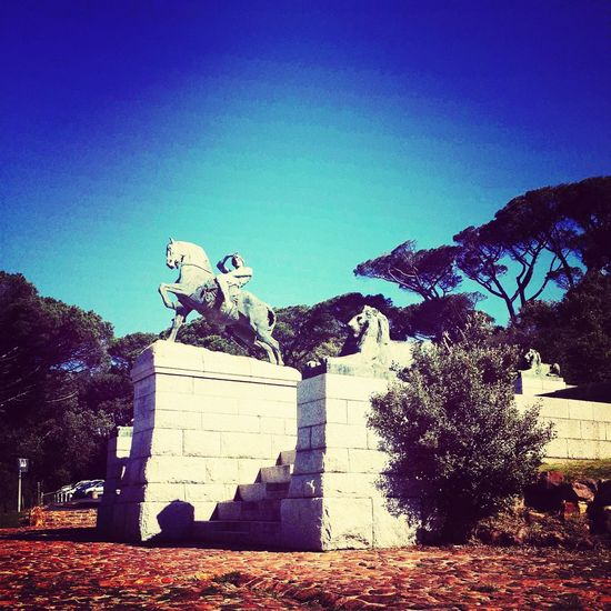 Rhodes Memorial in the beautiful Cape Town♥